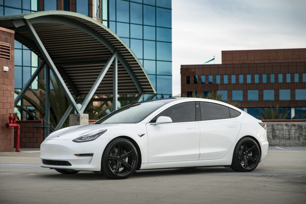 Tesla Model 3 | SF08 Gloss Black