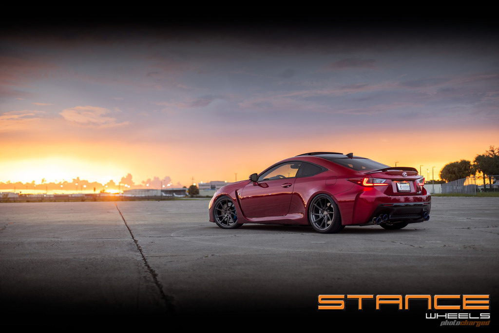LexusRCF-Photoshoot_stance_sf01