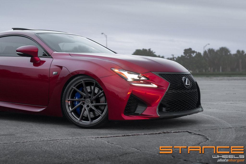 LexusRCF-Photoshoot_stance_sf01_3