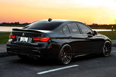 BMW 325i | SF09 Piano Black