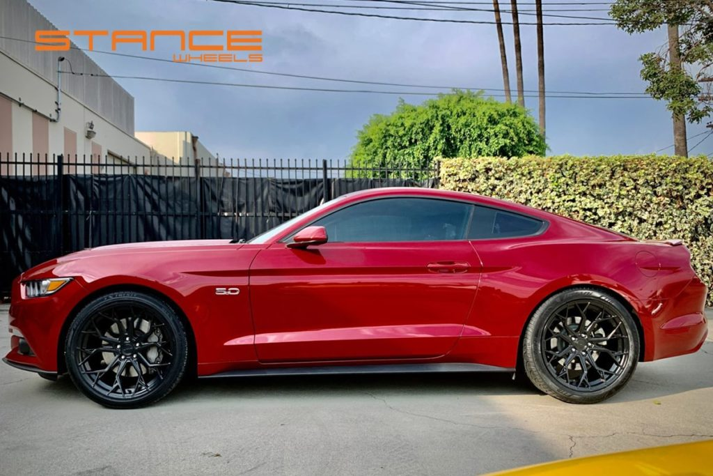 Ford_Mustang_Stance_SF10_Matte_Black_5-min