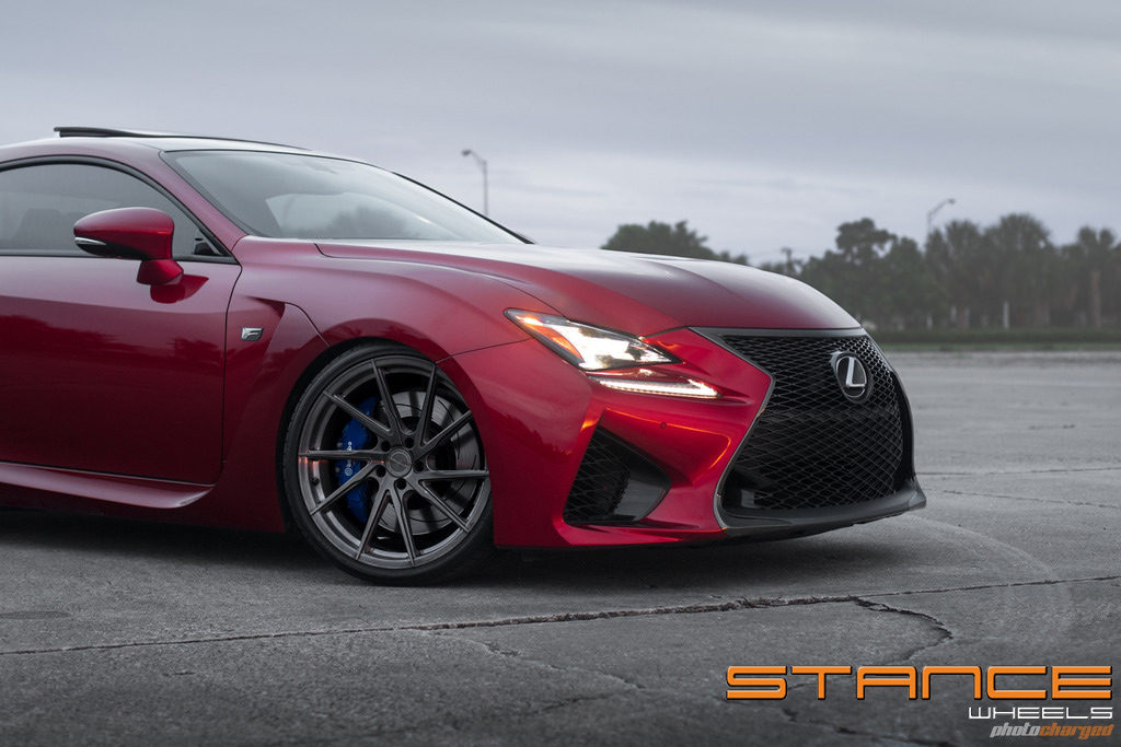 LexusRCF-Photoshoot_stance_sf01_3