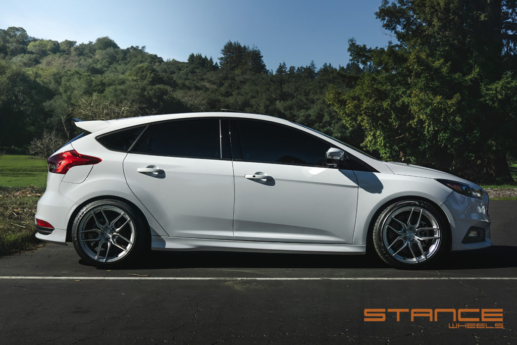 ford_focus_st_stance_sf03_brushed_silver (6)